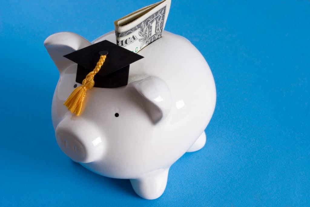 avoir un bon diplôme garantit d'avoir un bon salaire